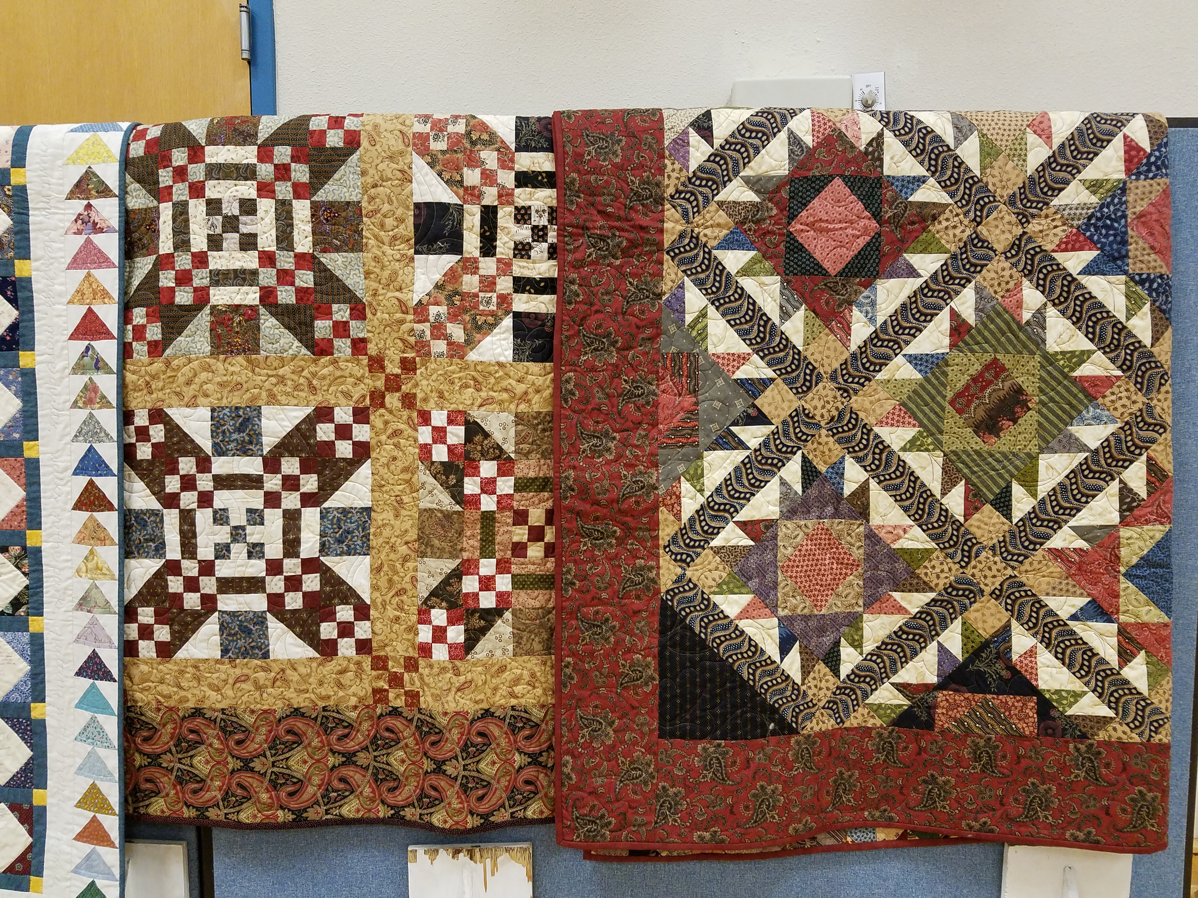 Kitsap Quilters' Guild celebrates their 30th Anniversary ... : taking turns quilt - Adamdwight.com