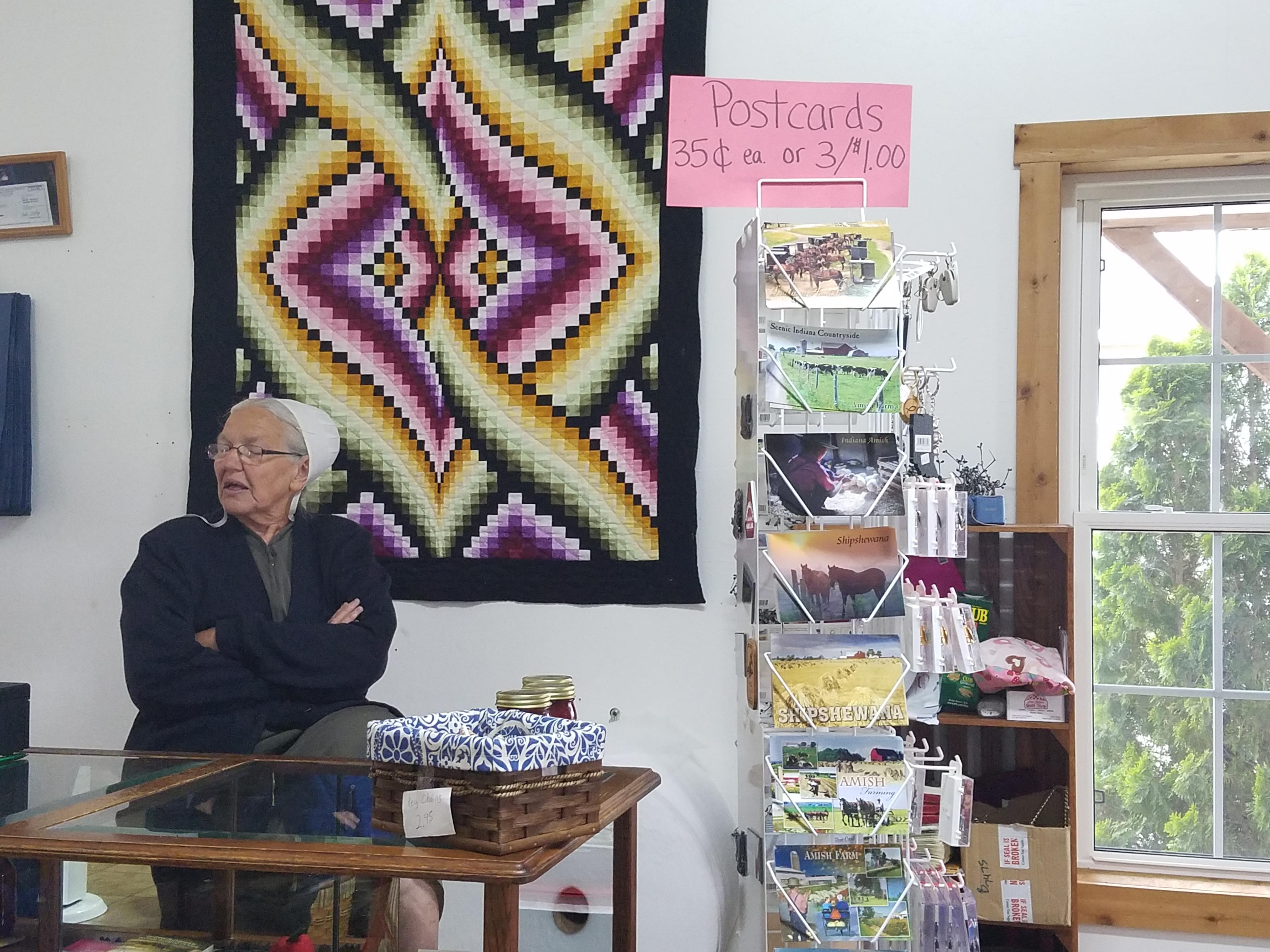 Little Helpers Quilt Shop, Shipshewana, IN | Dragonfly Quilts Blog : shipshewana quilt shops - Adamdwight.com
