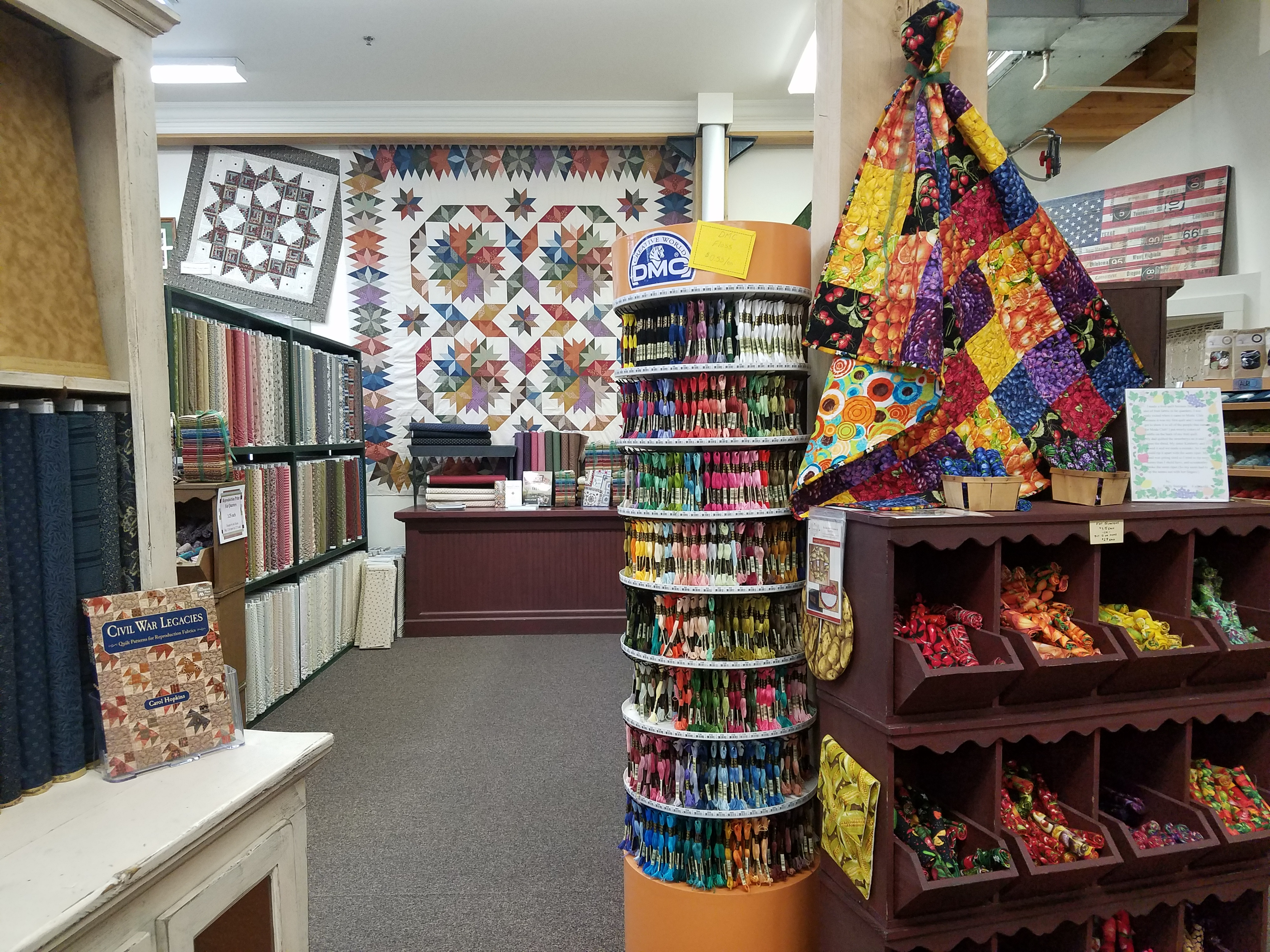 Lolly's Fabric Store, Shipshewana, IN | Dragonfly Quilts Blog : shipshewana quilt shops - Adamdwight.com
